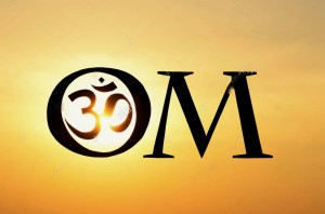 hindu-om-aum-symbol-silhouette-at-sunset-in-india-D05J67 2